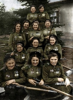 Soviet woman soldiers.jpg