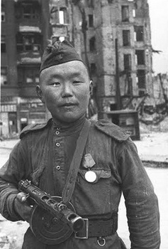 The Mongoloid Soviet soldiers were let loose on the German women.jpg