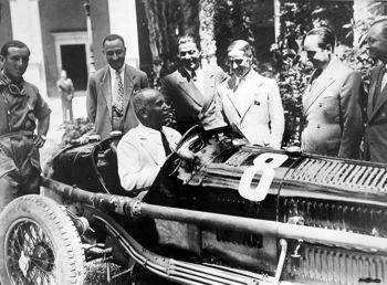 The Racing Team Alfa Romeo,Enzo Ferrari, Benito Mussolini,.jpg