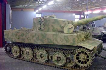 Tiger I E aus Saumur.jpg
