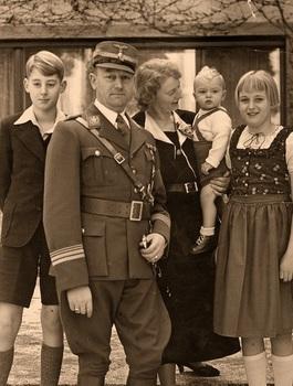 Viktor Lutze family.jpg