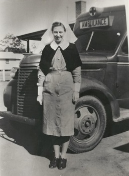 Vivian Bullwinkel at Puckapunyal Army Camp, Victoria, before she left for Singapore, 1941.jpg
