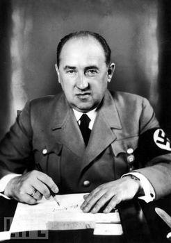 Walther Emanuel Funk.jpg