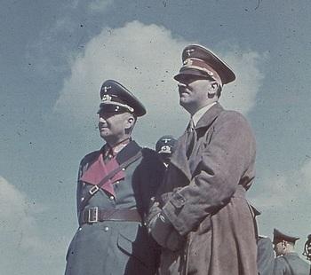 Walther von Brauchitsch Hitler 1938..jpg