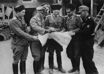 Warsaw_Uprising_-_Kaminski_(1944).jpg
