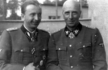 Wilhelm_Bittrich_und_Hermann_Fegelein.jpg