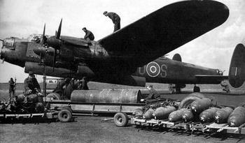 avro-lancaster-bomber-01.JPG