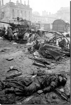 berlin-1945-dead-german-soldier.jpeg