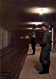 geisterbahnhof_Border soldiers guard the S-Bahn station.jpg