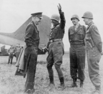general_eisenhower_with_generals_patton_bradley_and_hodges.jpg