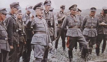 generalfeldmarschall_walter_model_with_general_der_panzertruppe_erhard.jpg