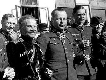 generals_shkuro_and_von_panviz.jpg