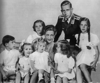 goebbels family.jpg