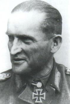karl decker_General der Panzertruppe.jpg