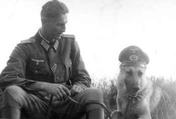nazi-dog-officer.jpg