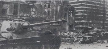 tigerⅡ berlin 1945.jpg