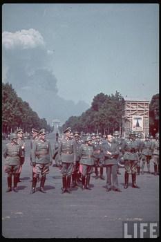 von Bock_von Küchler_1940 Paris.jpg