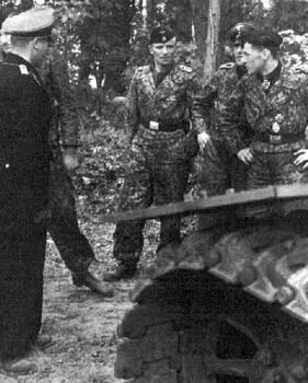 wittmann and his crew shortly after recieving the knights cross after villers bocage.jpg