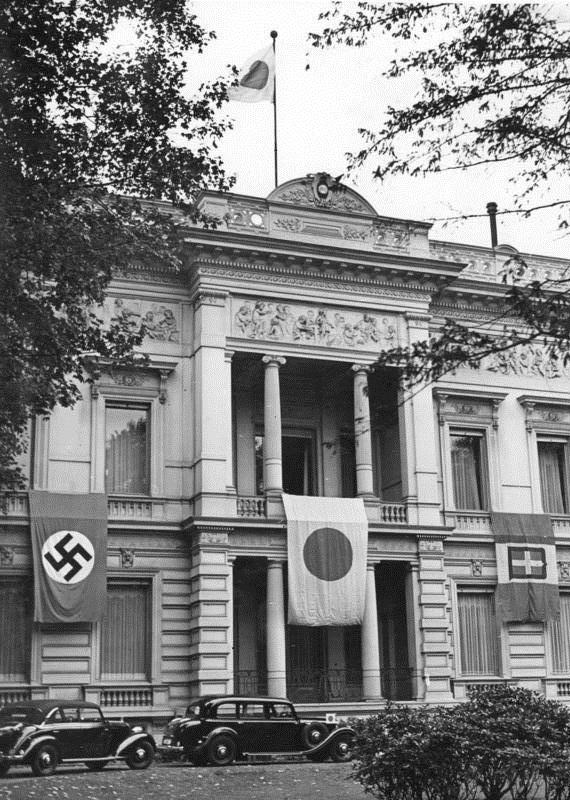 第二次大戦下ベルリン最後の日 -...