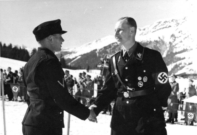 ドイツ武装SS師団写真史〈1〉髑...