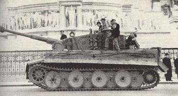 A PzKpfw VI Ausf. E in Rome, 1944.jpg