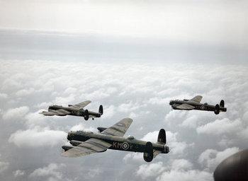 Avro Lancaster WWⅡ.jpg