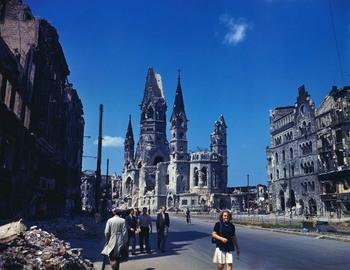 Berlin in Summer of 1945 (6).jpg
