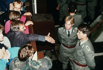Berliner Mauer 1989.jpg