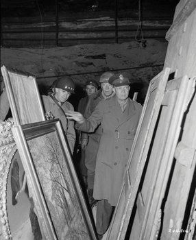 Bradley,Patton,Eisenhower inspects looted art treasures in a salt mine in Merkers, central Germany in April 1945..jpg