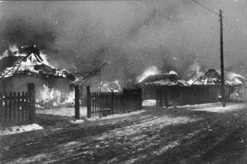 Brennendes russisches Dorf.jpg