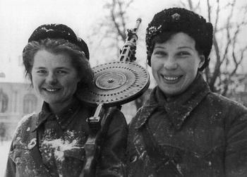 ДП-27. Январь 1943_Degtyaryov.jpg