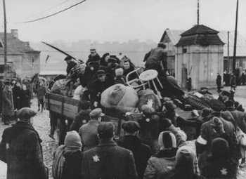 Deportation of Jews from the Kovno ghetto. Lithuania.jpg