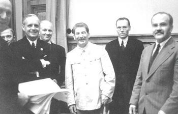 Deutsch-sowjetischer Nichtangriffspakt.jpg