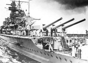 Deutschland-Pocket-Battleship.jpg