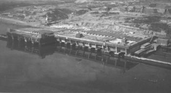 Die U-Boot-Bunker von Brest.jpg