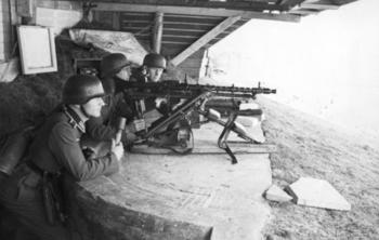 Dieppe,_Landungsversuch,_deutsche_MG-Stellung.jpg