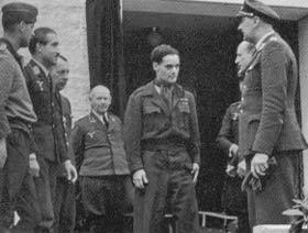 Douglas Bader Adolf Galland.jpg