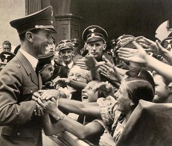 Dr. Joseph Goebbels in Graz.jpg