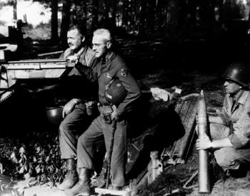 Ernest_Hemingway_and_Buck_Lanham,_1944.jpg