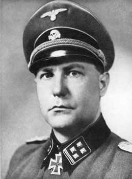Fritz Knöchlein.jpg