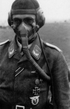 German Luftwaffe pilot wearing his high-altitude oxygen mask.jpg