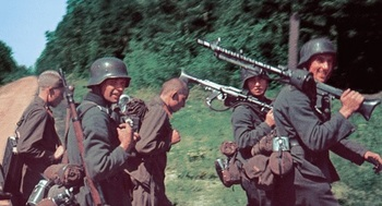 German infantry and Hiwi.jpg