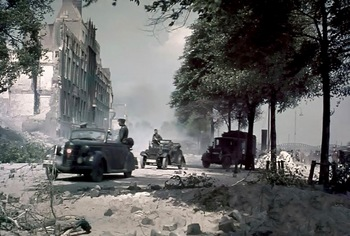 German soldiers examine damage after bombardment Rotterdam on the 14th of May 1940..jpg