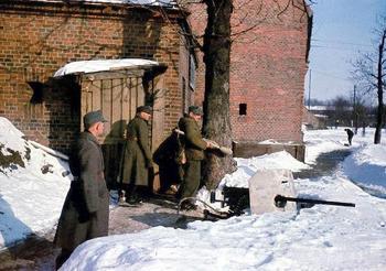 German soldiers in Königsberg with a MG 151 20 gun. The winter of 1945.jpg