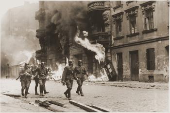 Ghetto_Uprising_Warsaw2.jpg
