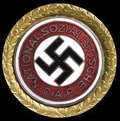 Goldenes Parteiabzeichen der NSDAP.JPG