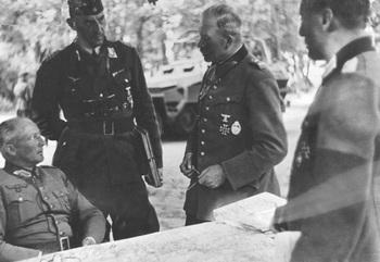 Guderian & von Kluge_1941.jpg