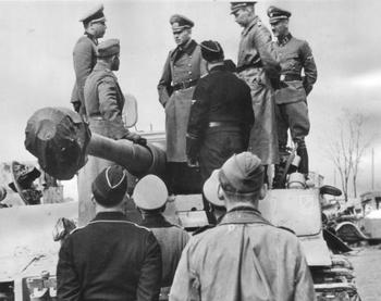 Guderian during an inspection to Leibstandarte Tiger at the Eastern Front, April 1943b.jpg