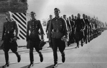 Guhl, Peiper and Werner Wolff in Reggio Italy 1943.jpg