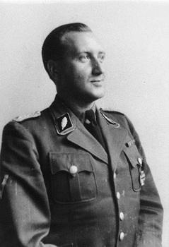 Helmut Knochen.jpg